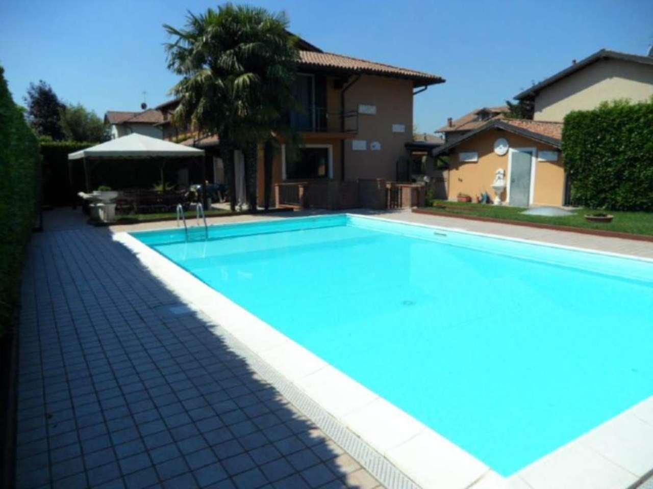 Villa Bifamiliare in vendita a San Paolo d'Argon, 4 locali, prezzo € 360.000   Cambio Casa.it