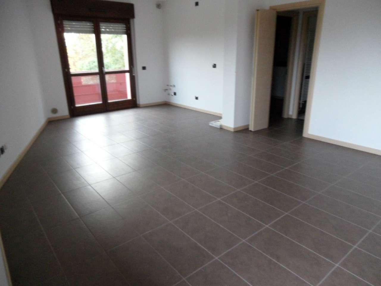 Appartamento in vendita a Cavernago, 3 locali, prezzo € 142.000 | Cambio Casa.it