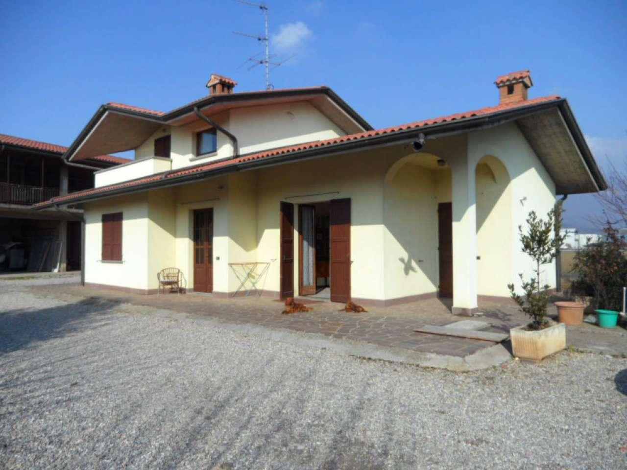 Villa in vendita a Trescore Balneario, 4 locali, prezzo € 420.000 | Cambio Casa.it