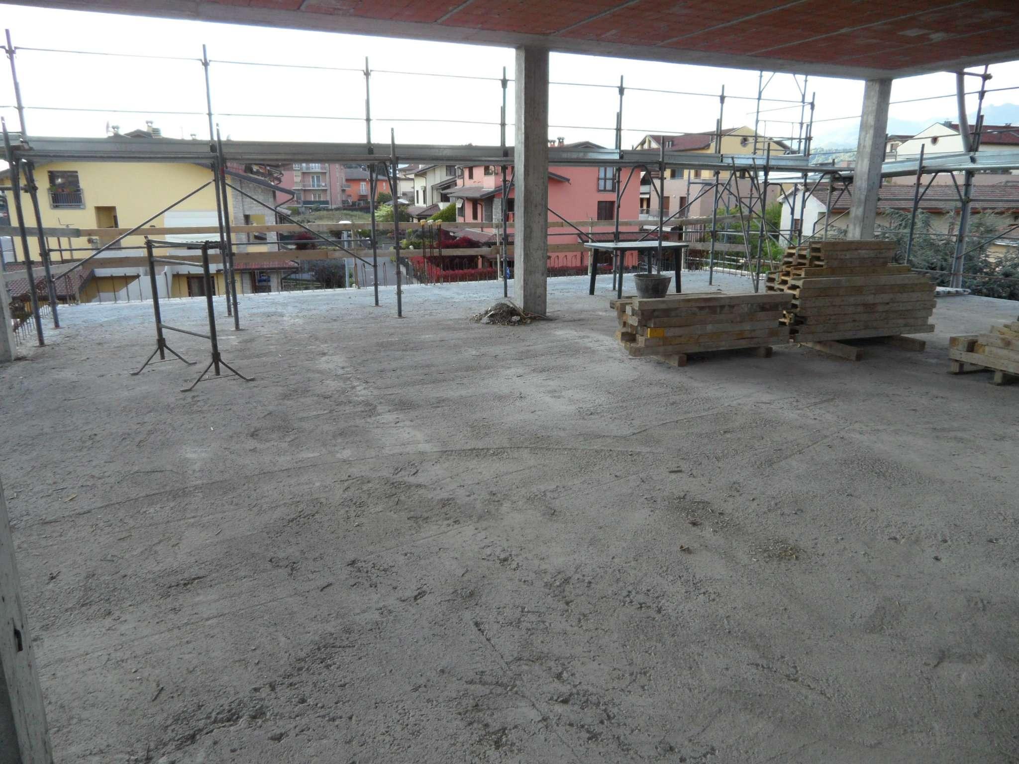 Attico / Mansarda in vendita a Albano Sant'Alessandro, 4 locali, prezzo € 450.000 | CambioCasa.it