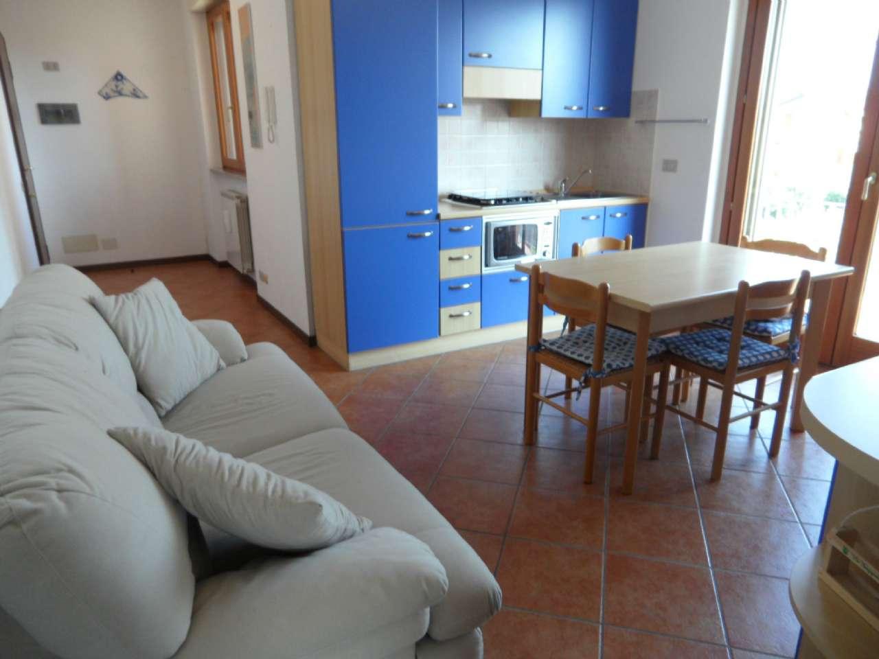 Appartamento in vendita a Bagnatica, 2 locali, prezzo € 89.000 | CambioCasa.it