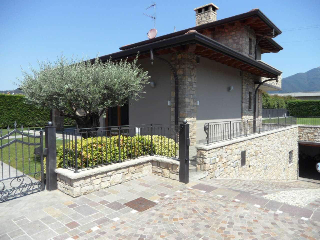 Villa in vendita a San Paolo d'Argon, 4 locali, prezzo € 430.000 | CambioCasa.it