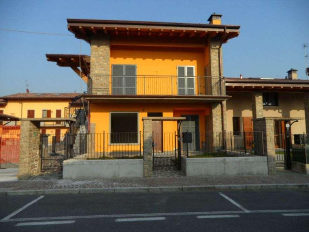 Appartamento in vendita a Grassobbio, 3 locali, prezzo € 285.000 | Cambio Casa.it
