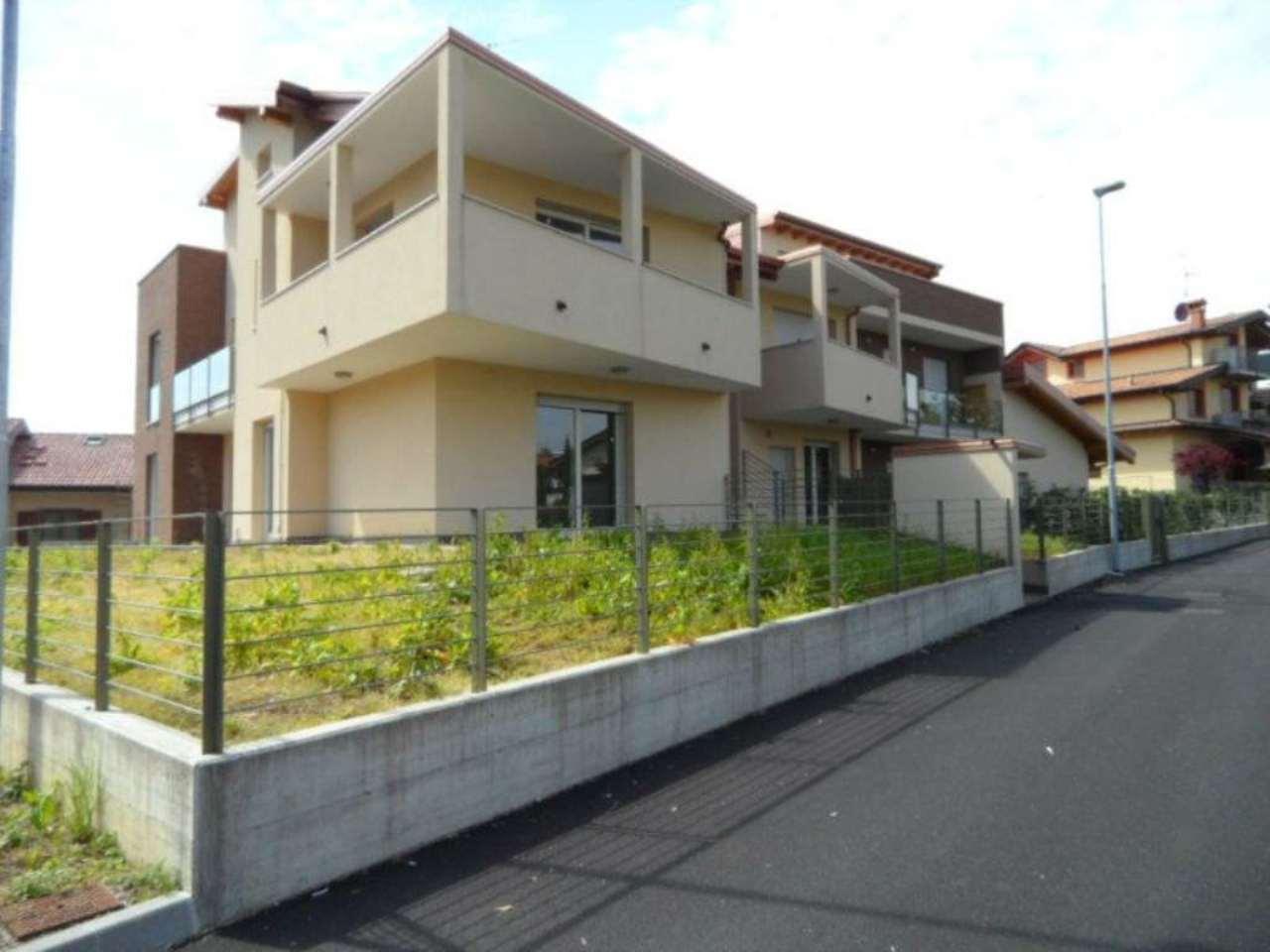 Appartamento in vendita a Albano Sant'Alessandro, 4 locali, prezzo € 310.000 | Cambio Casa.it
