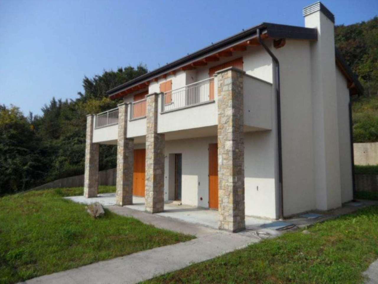 Villa in vendita a San Paolo d'Argon, 4 locali, prezzo € 300.000 | Cambio Casa.it