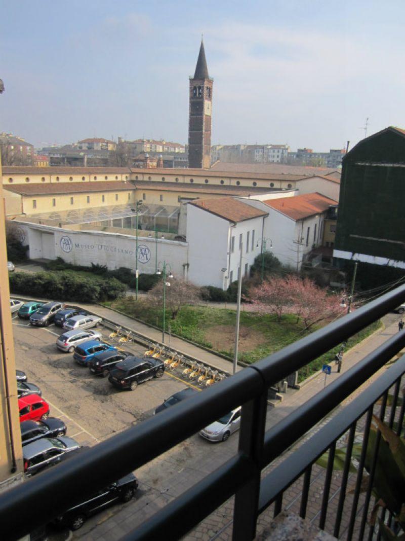 Bilocale Milano Corso Porta Ticinese 12