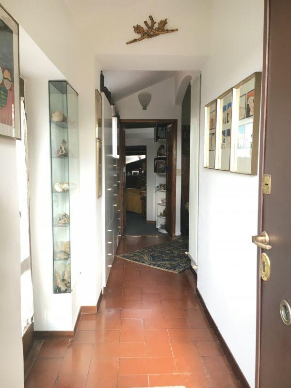 Bilocale Milano Corso San Gottardo 5