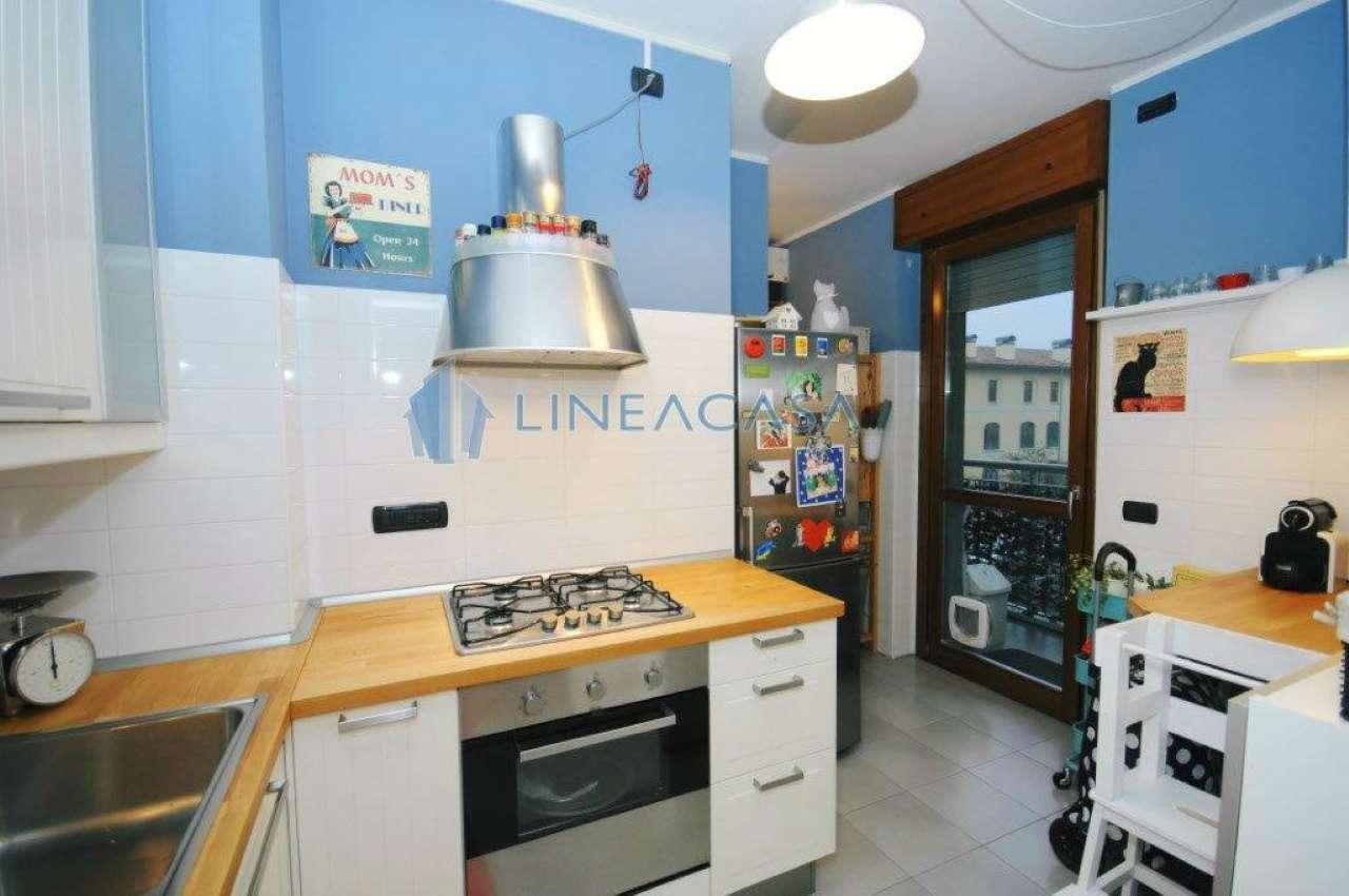 Bilocale Milano Via Jan Palach 9