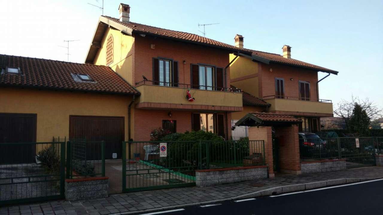 Villa a Schiera in vendita a Bubbiano, 7 locali, prezzo € 265.000 | Cambio Casa.it