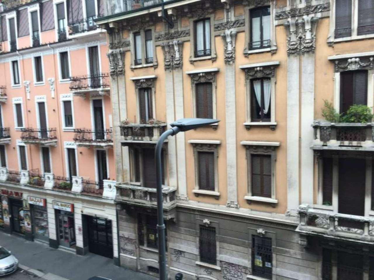Bilocale Milano Via Domenico Scarlatti 5