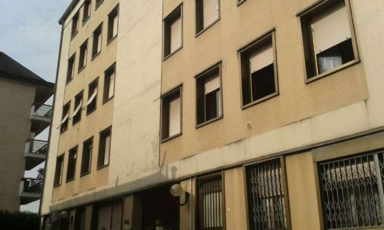Bilocale Milano Via Privata Ottaviano Vimercati 1