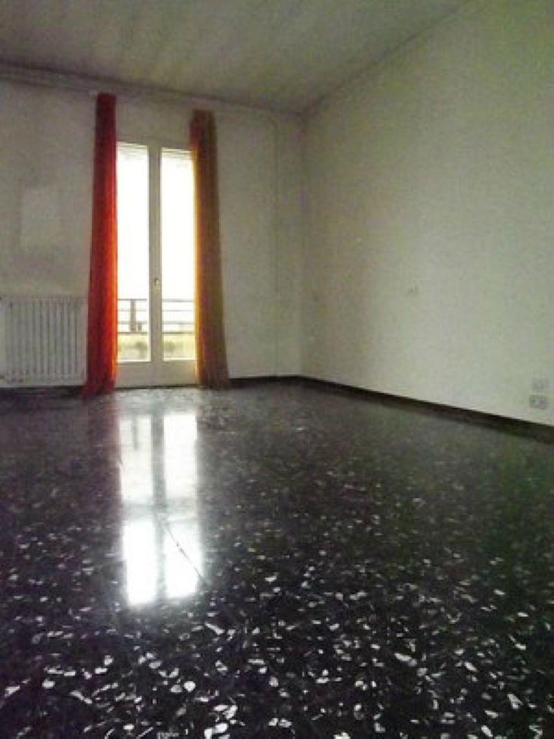 Affitto bilocale Milano DSCF5937