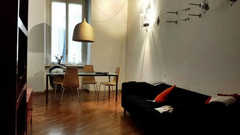 Bilocale Milano Via Torino 1
