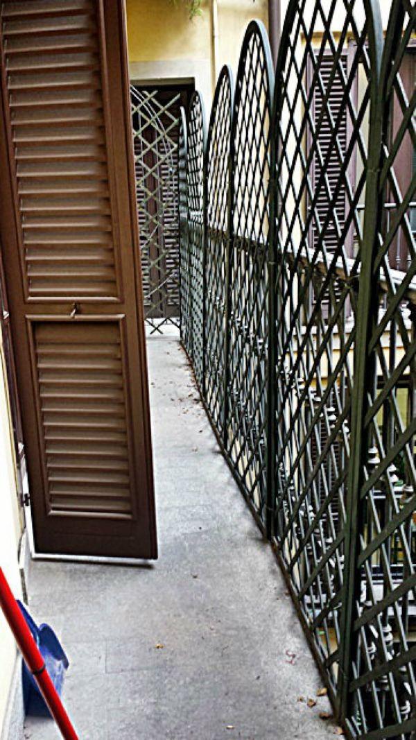 Bilocale Milano Via Torino 10