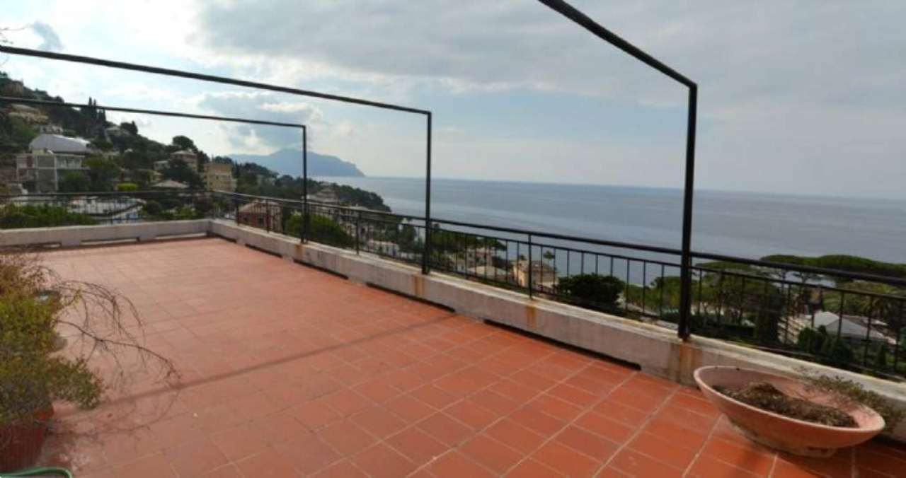 Attico / Mansarda in affitto a Pieve Ligure, 5 locali, prezzo € 800 | Cambio Casa.it