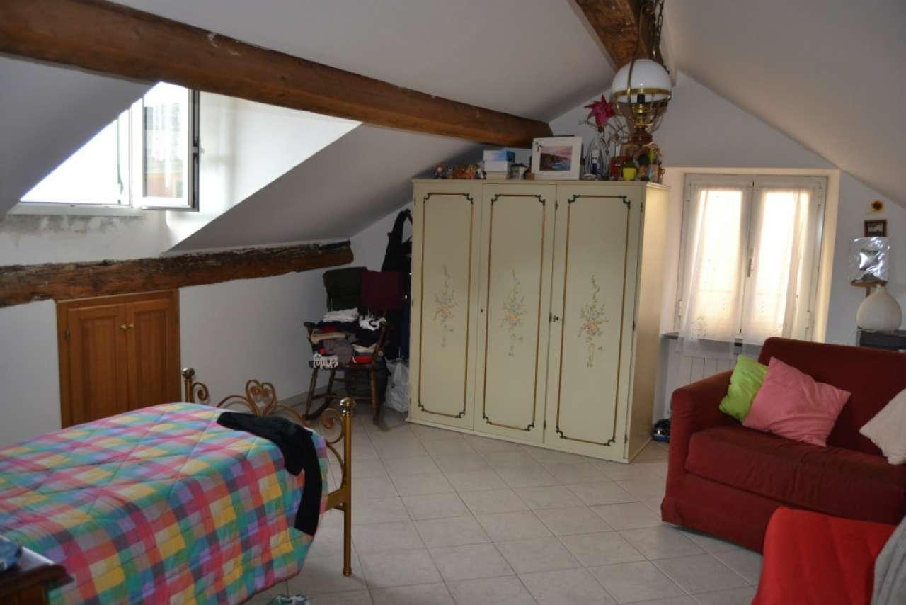 Attico / Mansarda in affitto a Genova, 3 locali, prezzo € 550   Cambio Casa.it