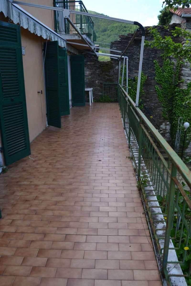 Soluzione Indipendente in vendita a Bargagli, 8 locali, prezzo € 72.000 | CambioCasa.it