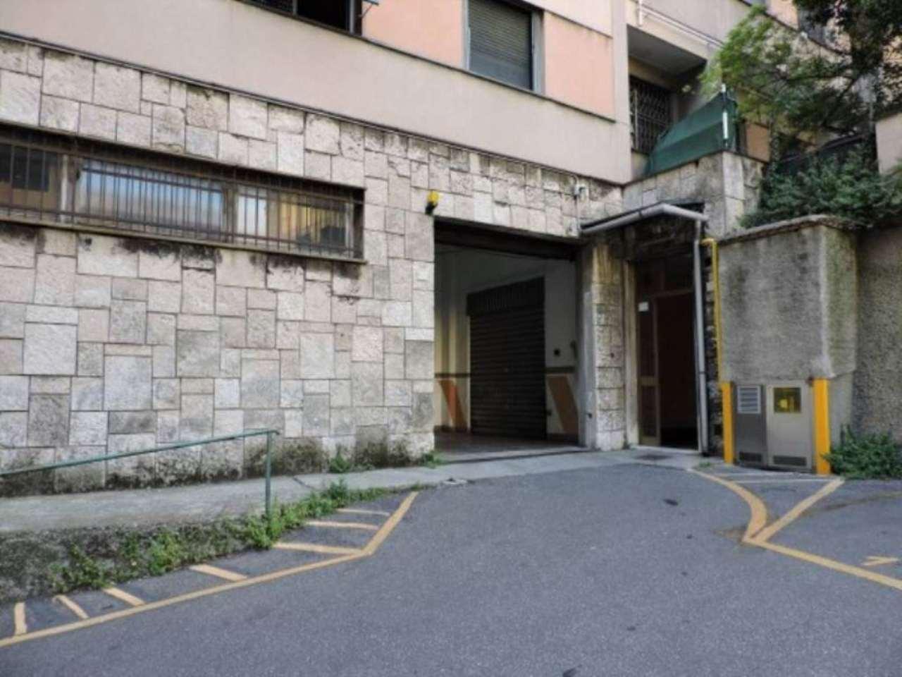 Attività / Licenza in vendita a Genova, 9999 locali, zona Zona: 8 . Sampierdarena, Certosa-Rivarolo, Centro Ovest, S.Teodoro, prezzo € 60.000 | CambioCasa.it