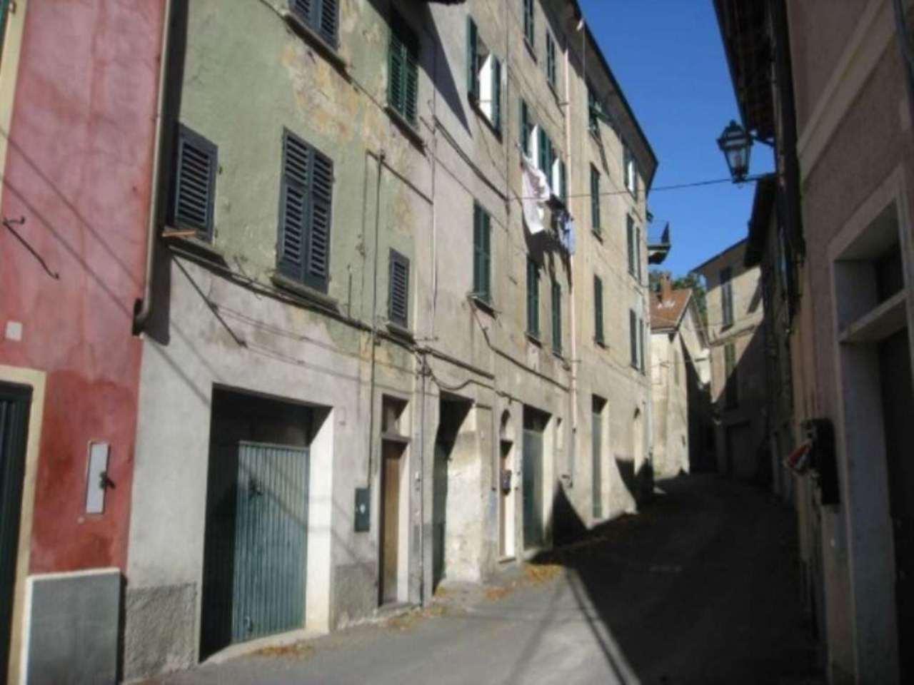Appartamento in vendita a Voltaggio, 3 locali, prezzo € 45.000 | Cambio Casa.it