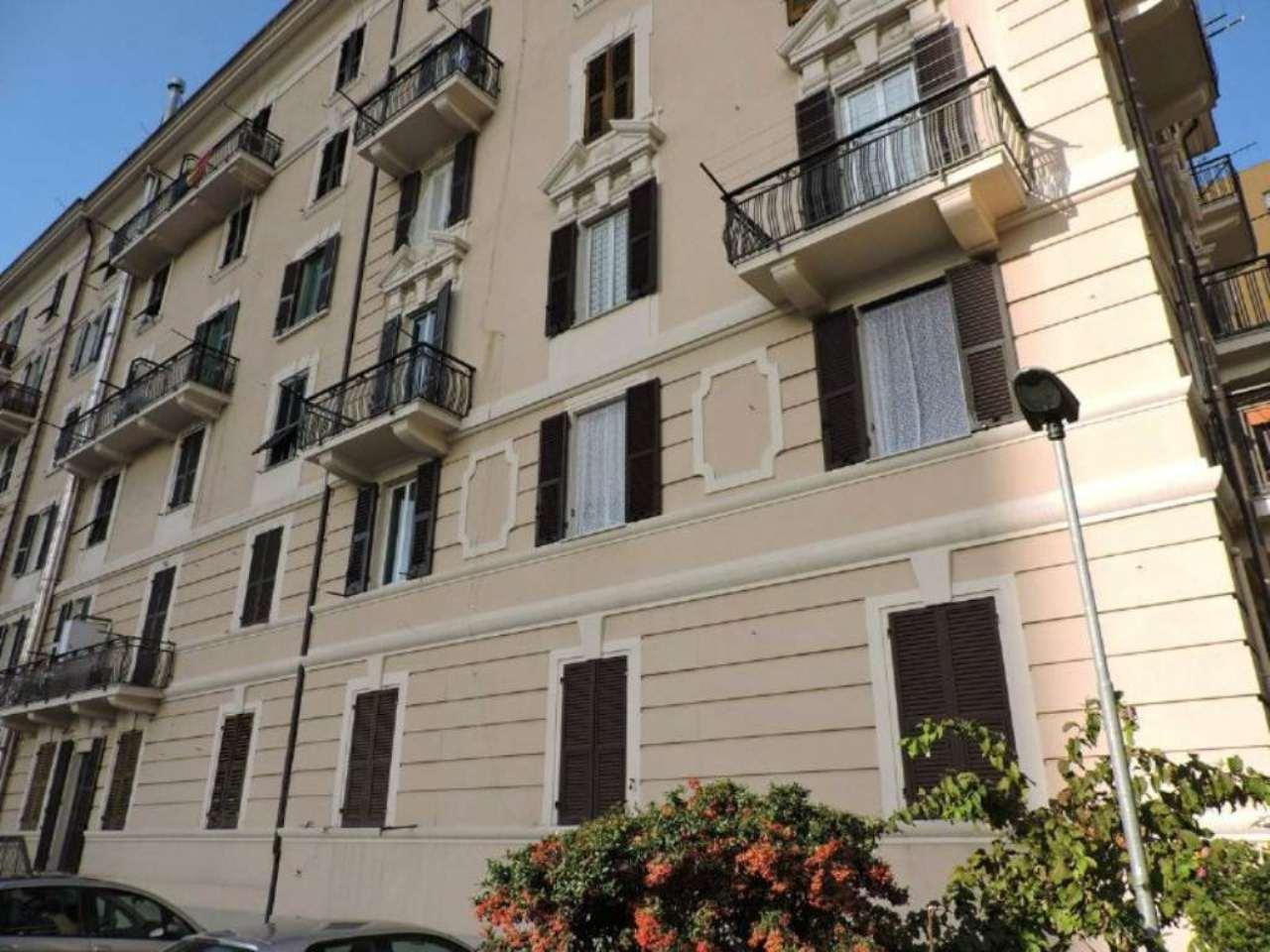 Bilocale Genova Via Dino Col 1