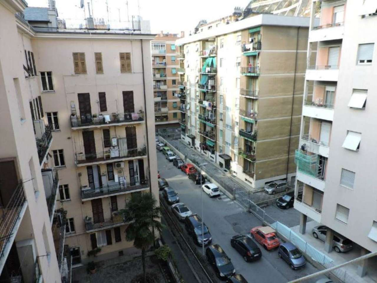 Bilocale Genova Via Dino Col 7