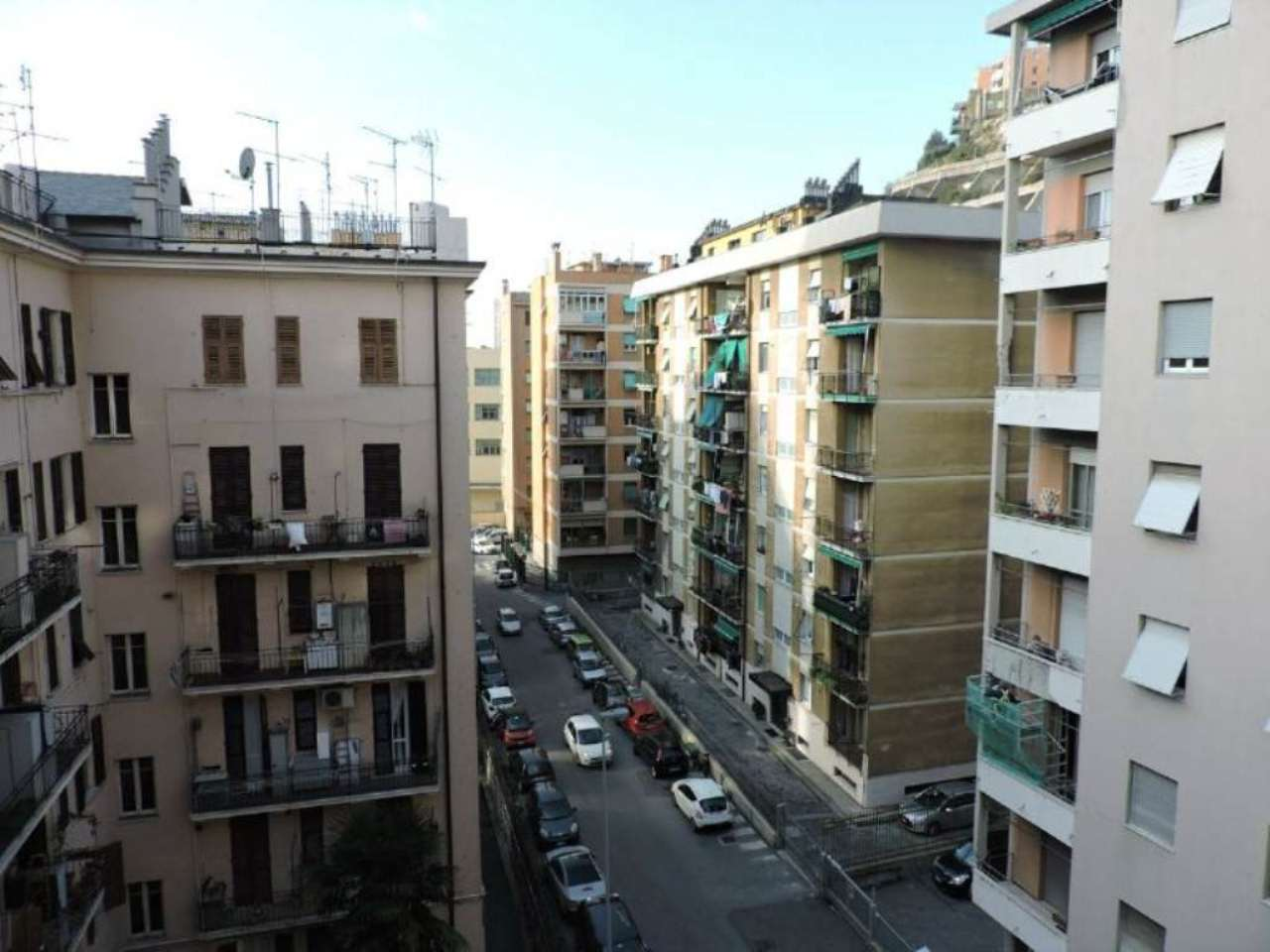 Bilocale Genova Via Dino Col 11