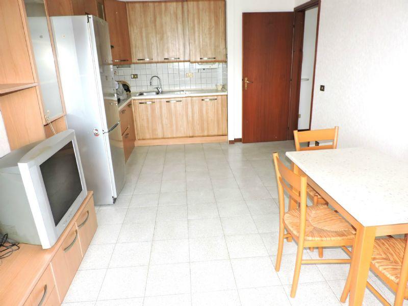 Appartamento in affitto a Genova, 3 locali, zona Zona: 6 . Bolzaneto, Valpolcevera, Rivarolo, prezzo € 450   Cambio Casa.it
