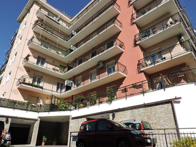 Bilocale Genova Corso Luigi Martinetti 1
