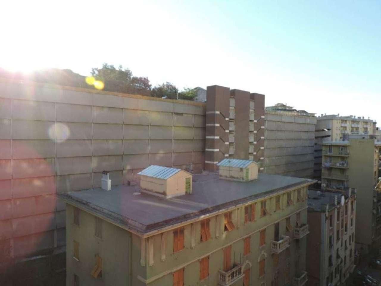 Bilocale Genova Contrada Luigi Andrea Martinetti 3