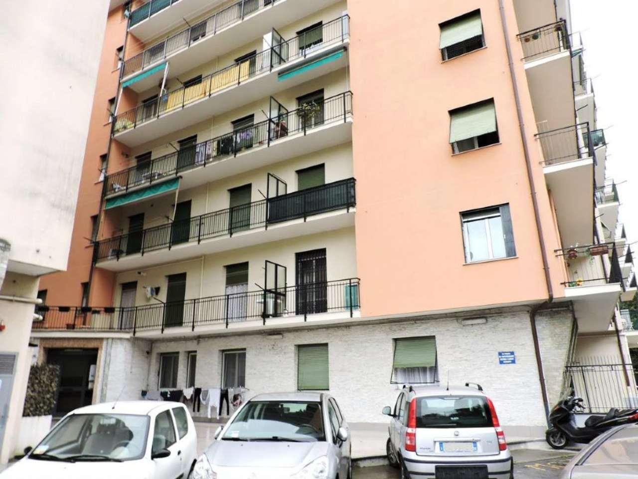 Appartamento in vendita a Campomorone, 3 locali, prezzo € 108.000 | Cambio Casa.it