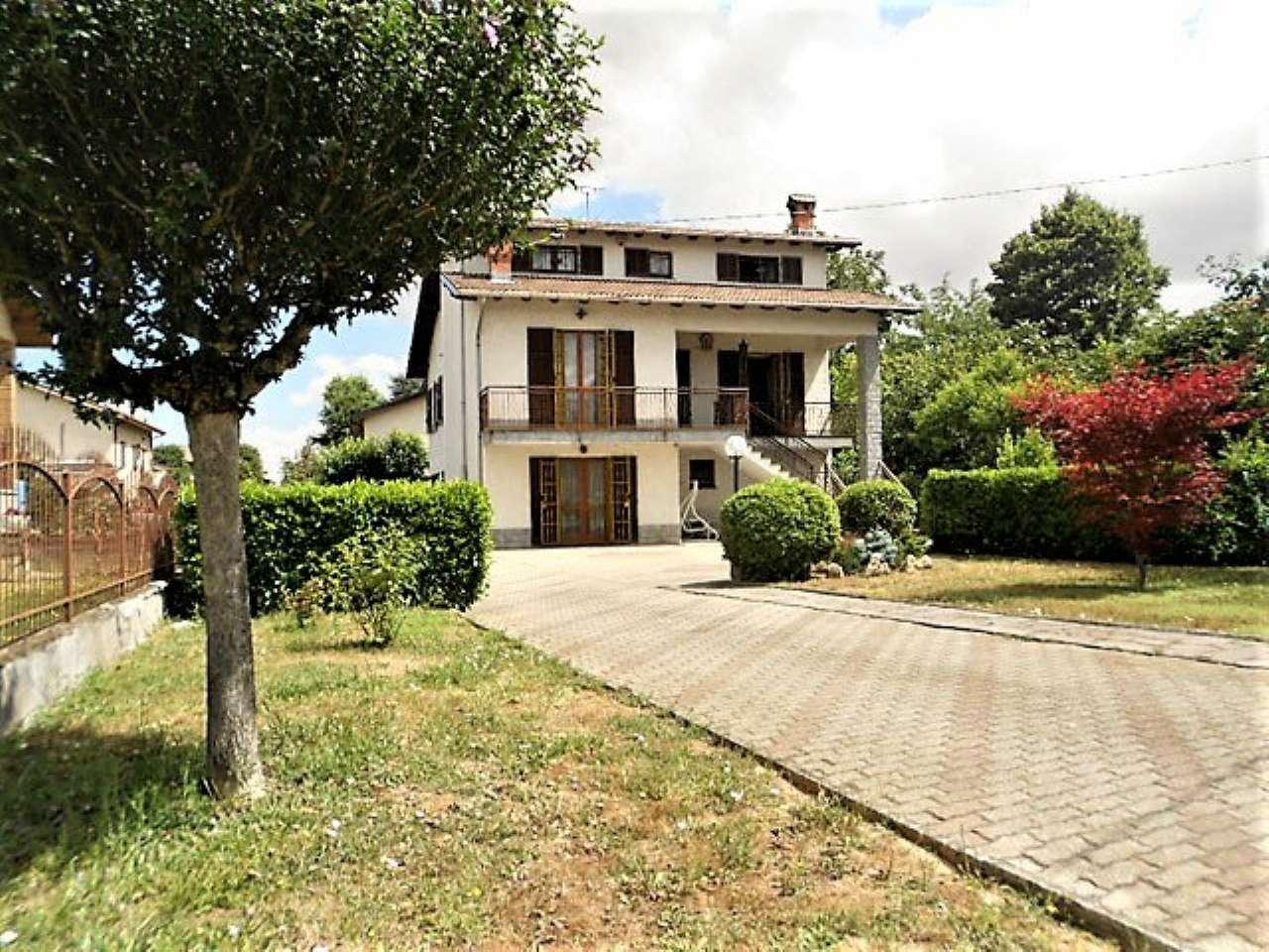 Soluzione Indipendente in vendita a Basaluzzo, 8 locali, prezzo € 240.000 | CambioCasa.it