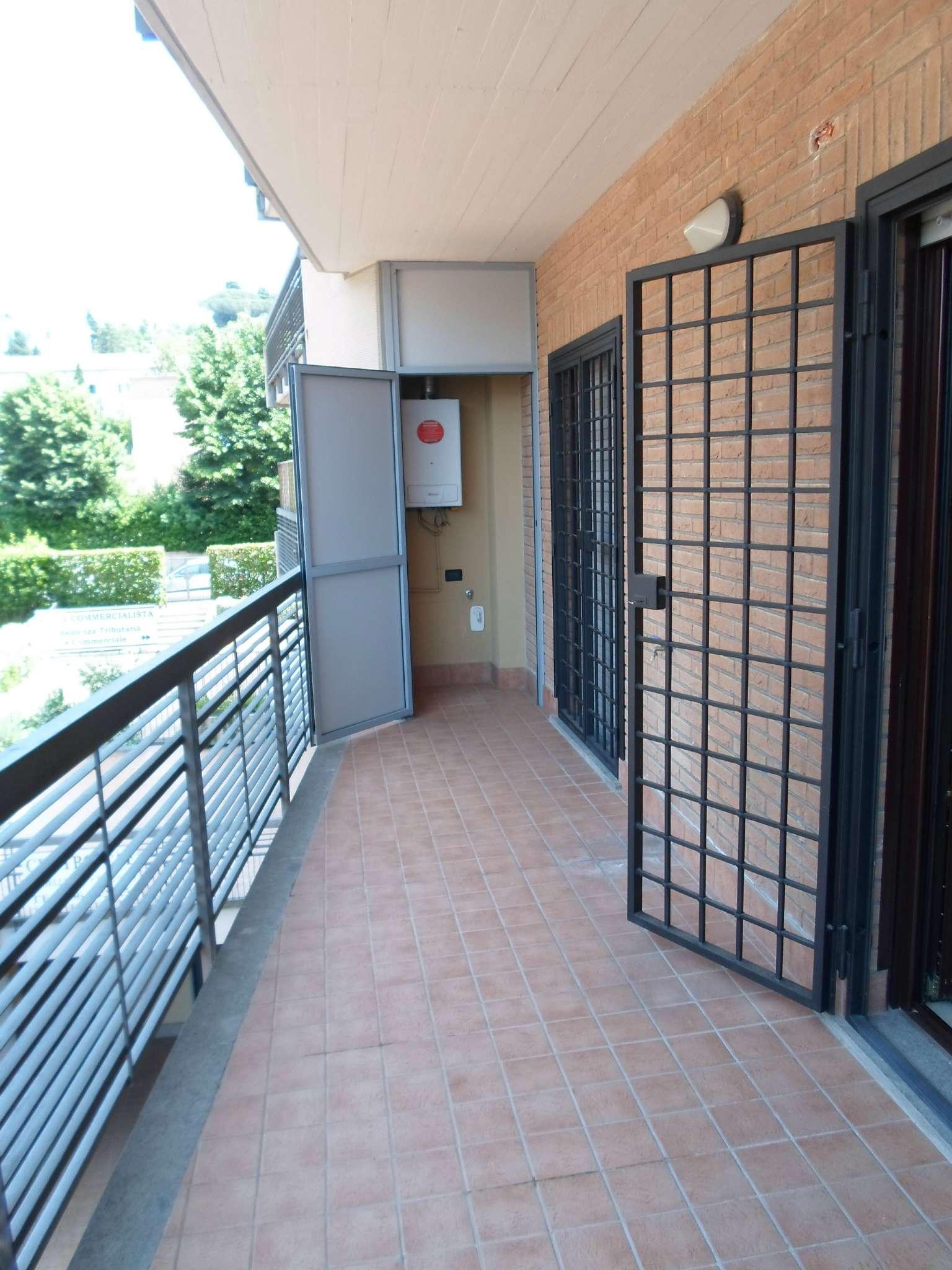 Bilocale Albano Laziale Via Via Tullio Valeri 2