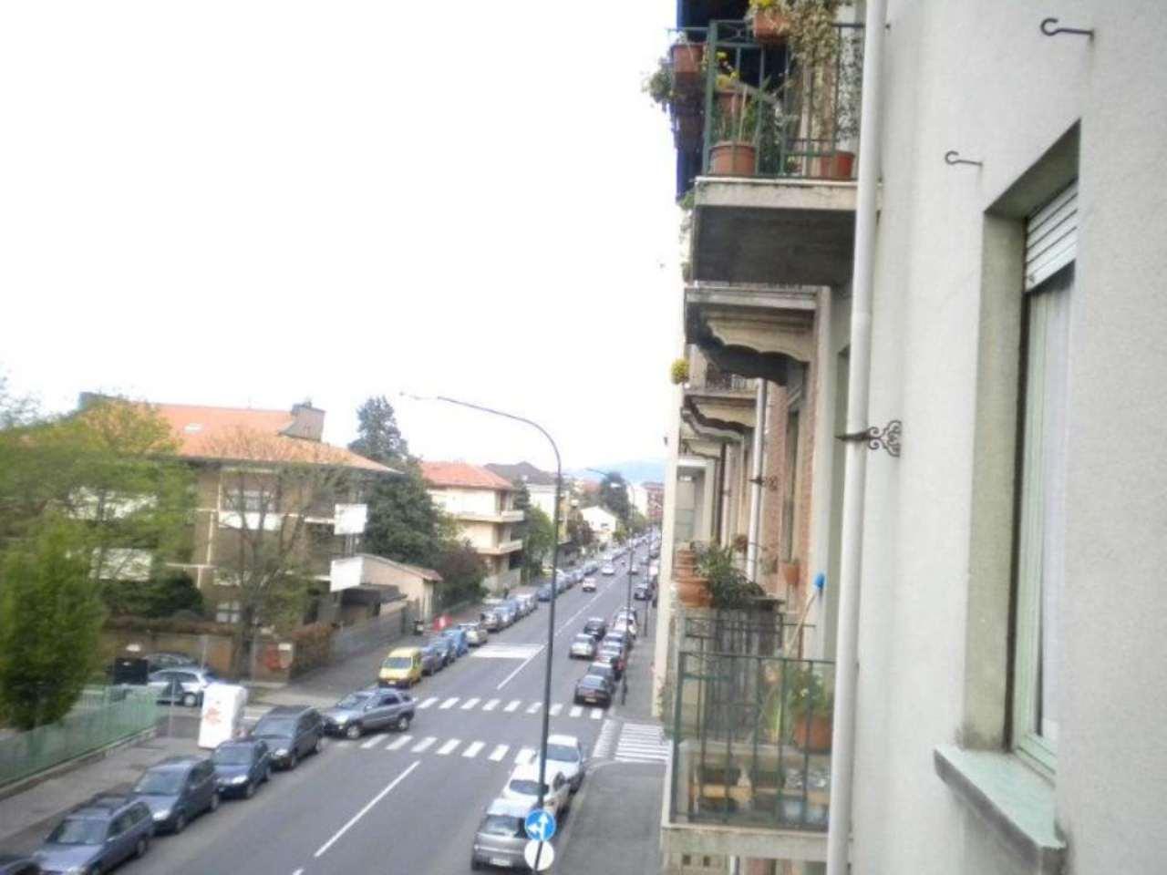Bilocale Torino Via Michele Lessona 7