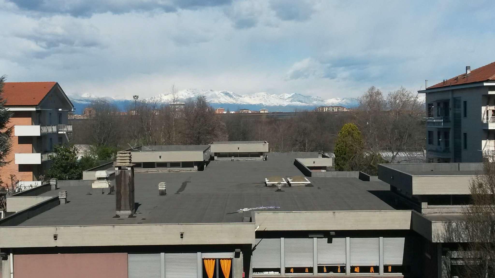 Bilocale Torino Via Michele Lessona 1
