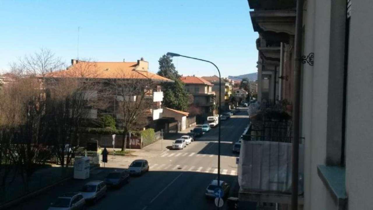 Bilocale Torino Via Michele Lessona 10