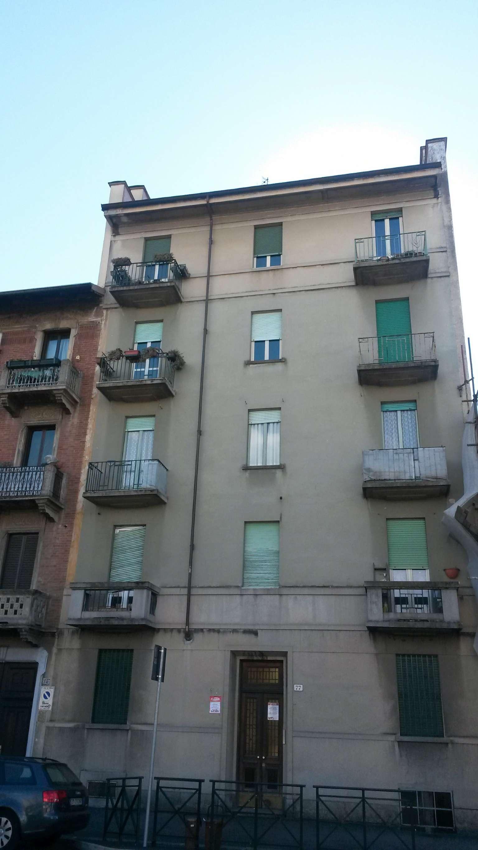 Bilocale Torino Via Michele Lessona 12
