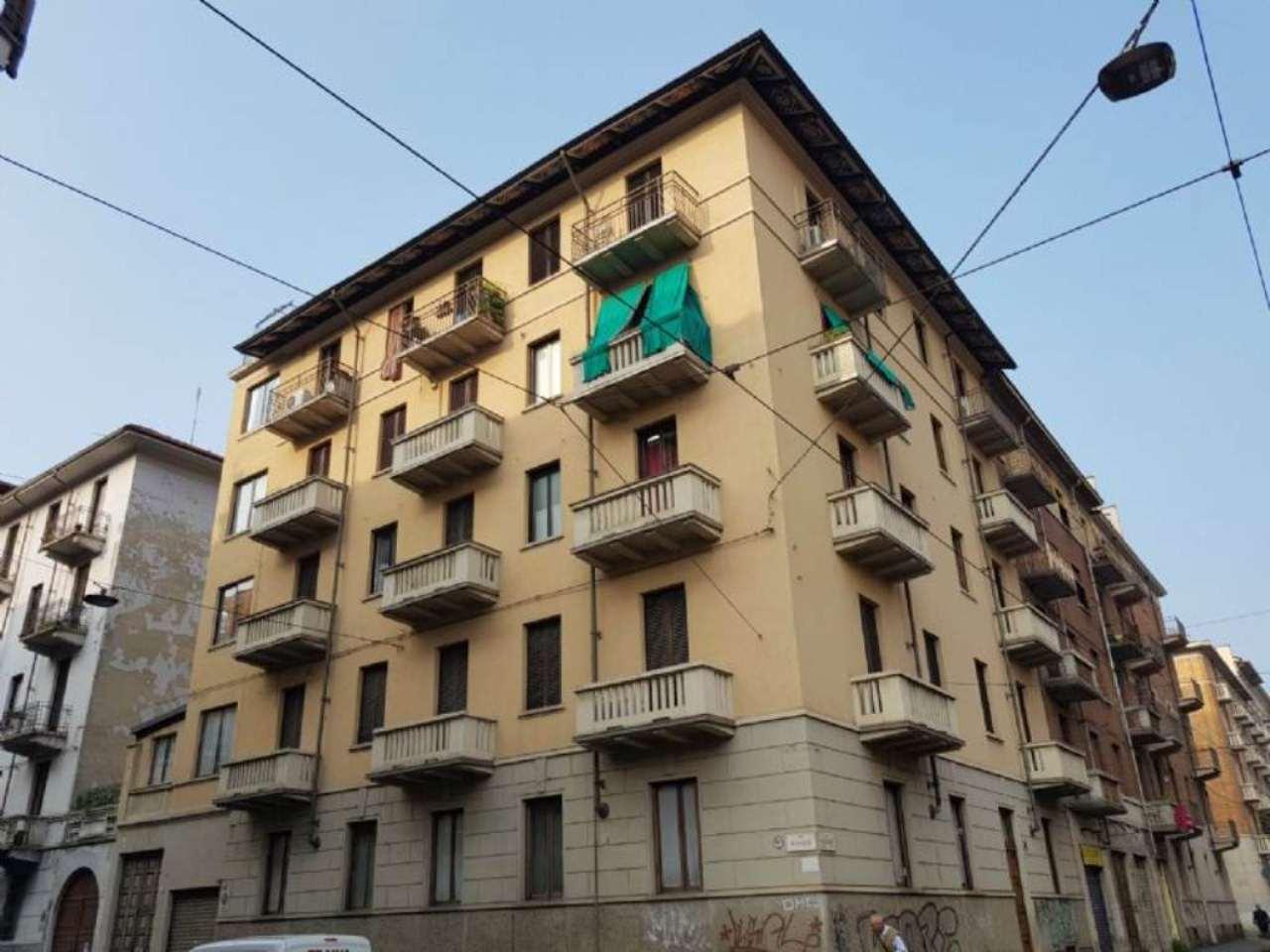 Bilocale Torino Via Fabrizi 1