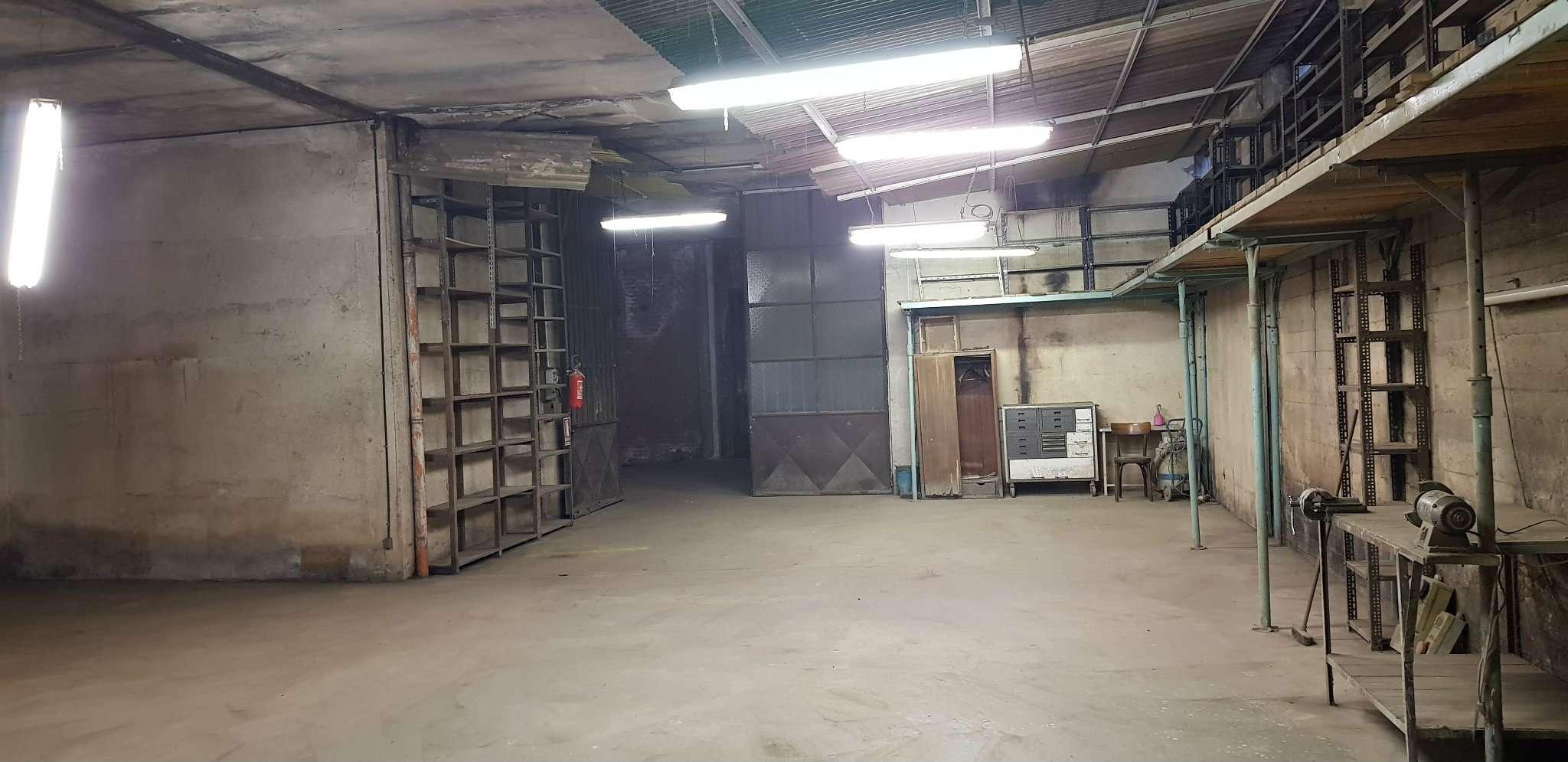 Magazzino/Laboratorio in vendita via Podgora 17 bis Grugliasco
