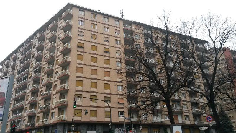 Appartamento in vendita a Torino, 3 locali, zona Zona: 9 . San Donato, Cit Turin, Campidoglio, , prezzo € 150.000 | Cambiocasa.it