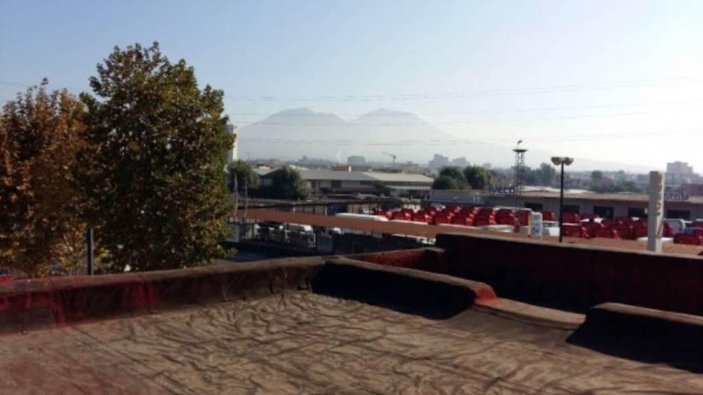 Bilocale Napoli Via Argine 3