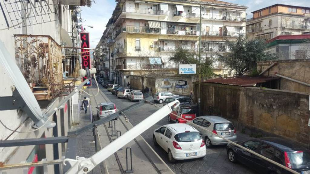 Bilocale Napoli Via Via San Cosmo Fuori Porta Nolana 11