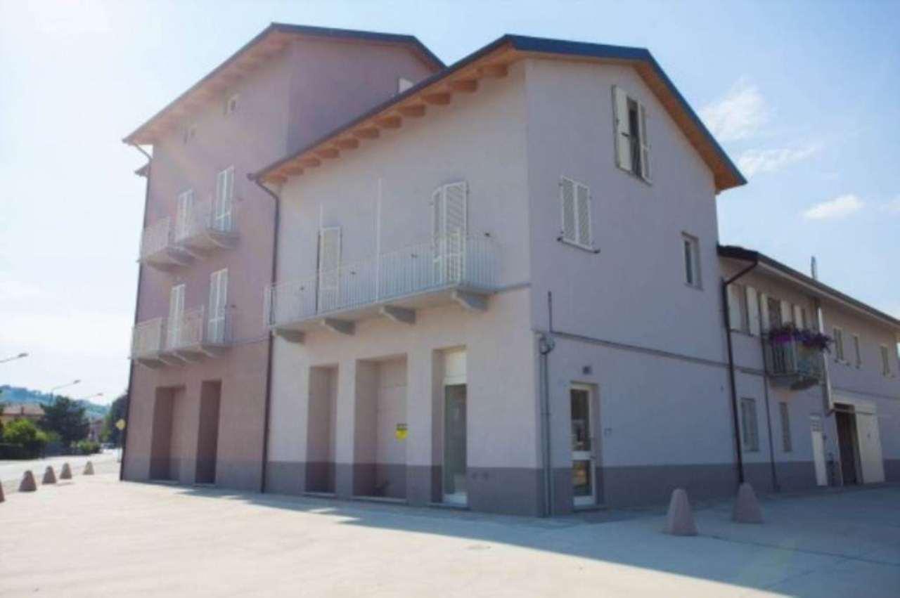 Negozio / Locale in vendita a Mombercelli, 6 locali, prezzo € 700.000 | Cambio Casa.it