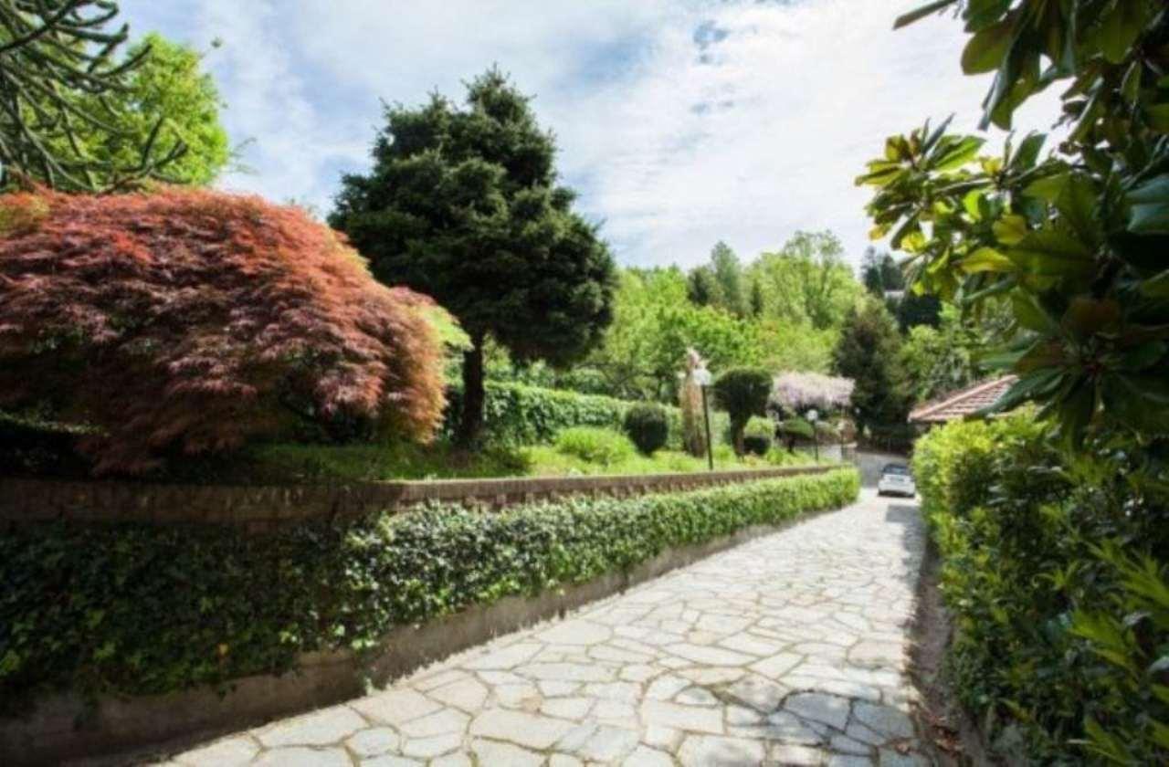 Villa in vendita a Pino Torinese, 6 locali, prezzo € 750.000 | Cambio Casa.it