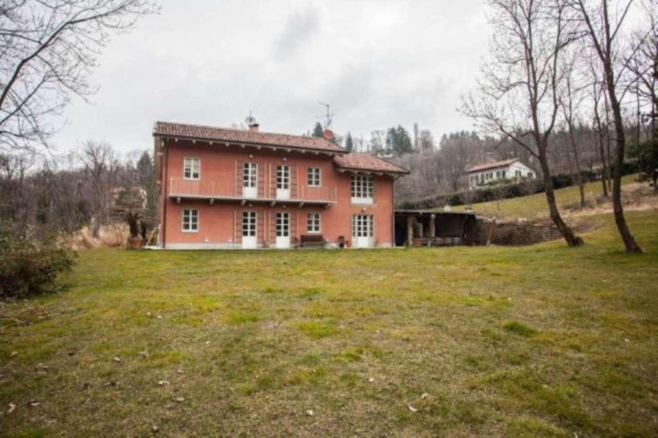 Foto 1 di Villa strada dai Ronchi ai Cunioli Alti 47, Torino (zona Precollina, Collina)