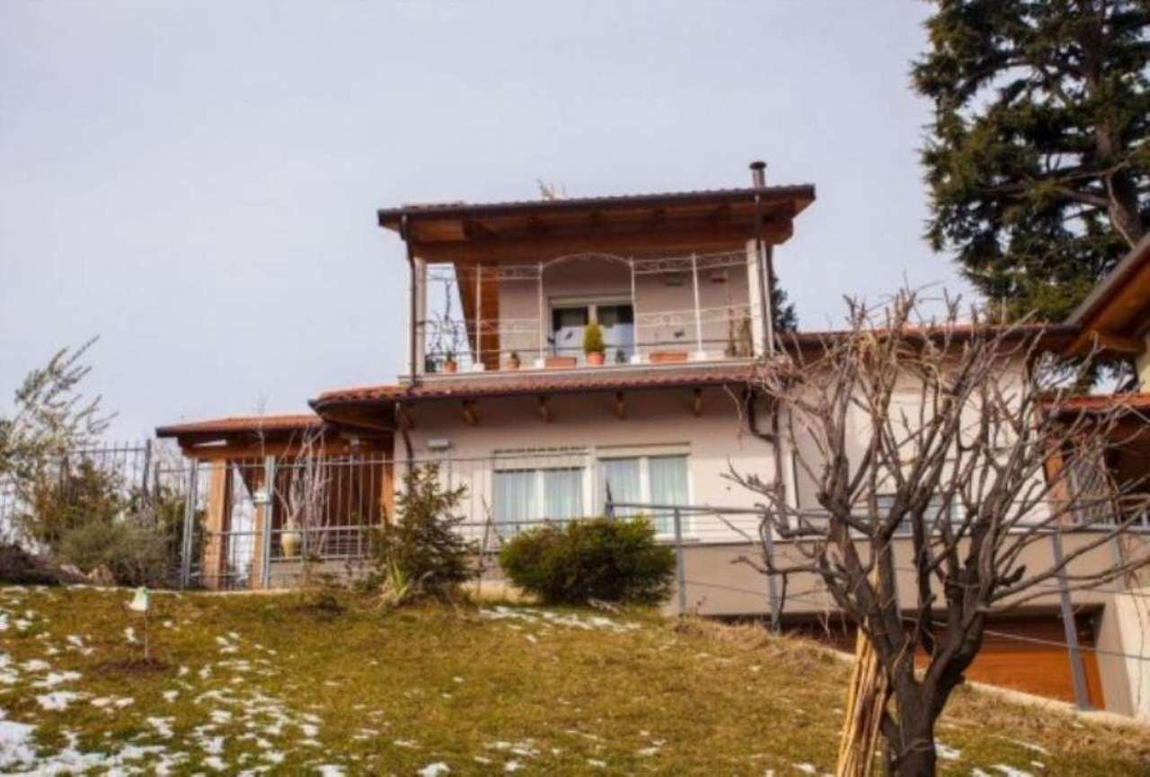 Villa in vendita a Pino Torinese, 6 locali, prezzo € 780.000 | CambioCasa.it