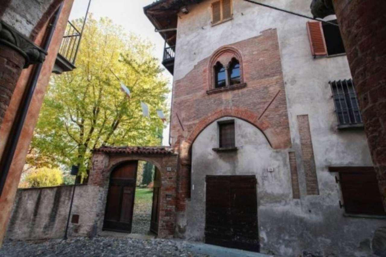 Villa in vendita a Avigliana, 6 locali, prezzo € 1.300.000 | CambioCasa.it