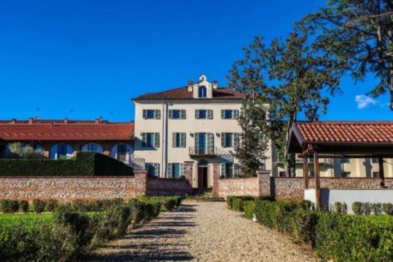 Appartamento in vendita a Druento, 6 locali, prezzo € 340.000 | Cambio Casa.it