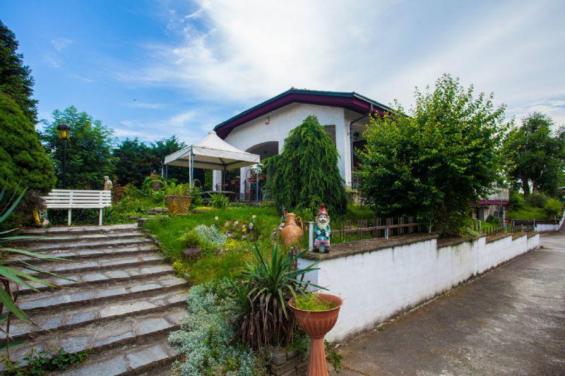 Villa in vendita a Frossasco, 5 locali, prezzo € 495.000 | CambioCasa.it