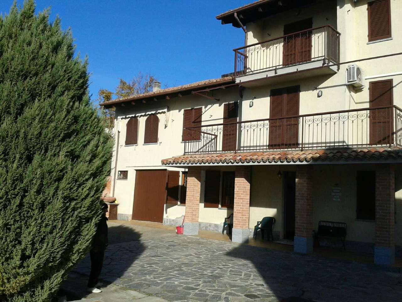 Soluzione Indipendente in vendita a Casorzo, 9 locali, prezzo € 235.000 | Cambio Casa.it