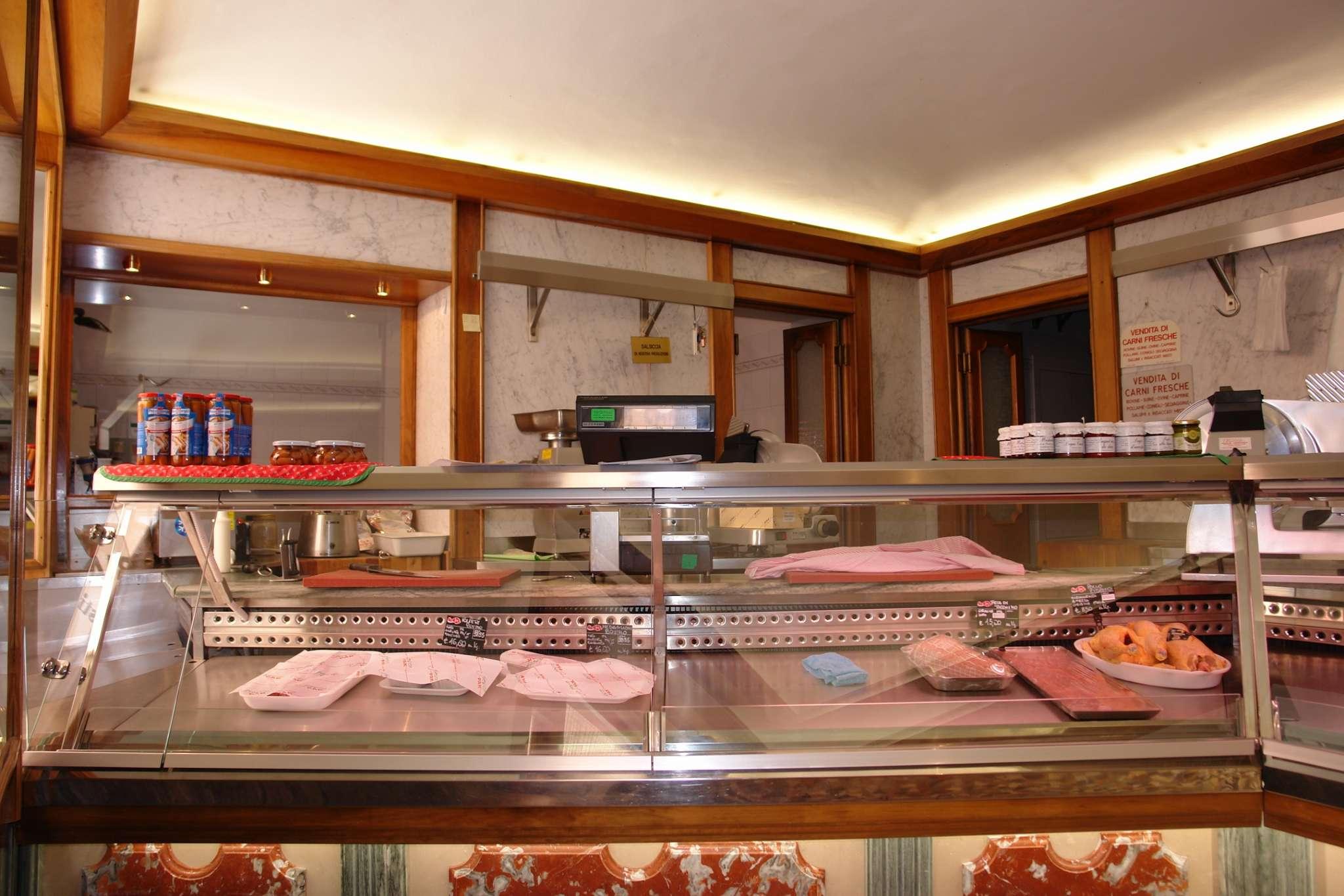 Negozio / Locale in vendita a Bardonecchia, 4 locali, prezzo € 480.000 | CambioCasa.it